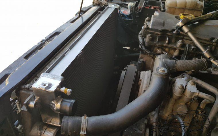 Sostituzione radiatore motore